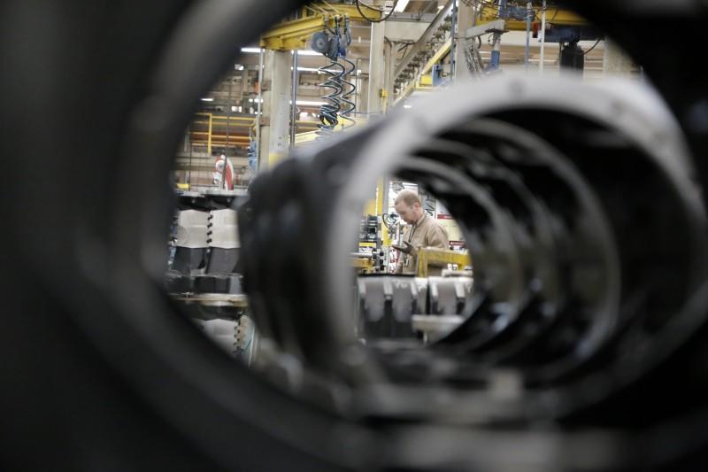 Na média nacional, o setor industrial mostrou crescimento de 4,0% em relação a agosto de 2016