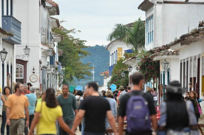 Feiras literárias, como a de Paraty, no Rio de Janeiro, contribuíram para movimentar o setor no ano passado
