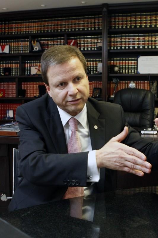 ENTREVISTA COM O VICE-PRESIDENTE DA OAB, CLAUDIO LAMACHIA.