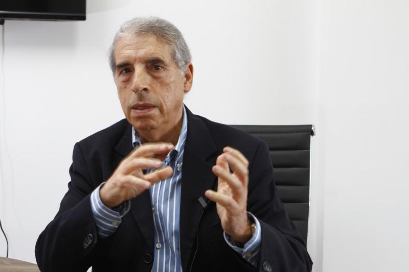 Fogaça defende que PMDB tenha posição independente em Porto Alegre