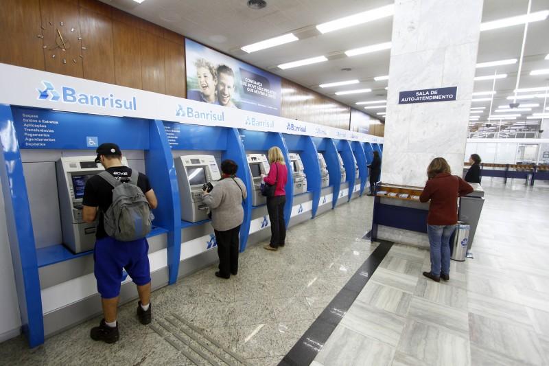 Folha de salários dos servidores ativos e inativos foi comprada pelo banco estadual
