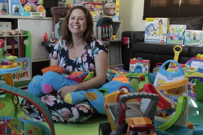 Mariana Lock, da Club4Kids, de Porto Alegre, oferece a opção de aluguel de brinquedos - ao invés de compra