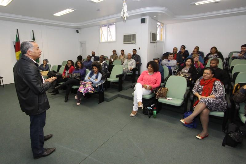 Seminário do projeto BrasilAfroempreendedor ocorreu na Associação Satélite Prontidão em Porto Alegre