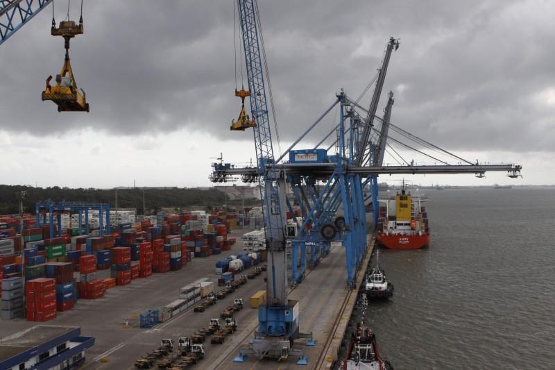 No primeiro quadrimestre, o Brasil exportou US$ 6,060 bilhões