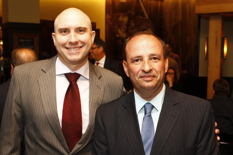 Sérgio Sacchet e João Carlos Mazzaferro, presidente da Federação Gaúcha dos Esportes Equestres