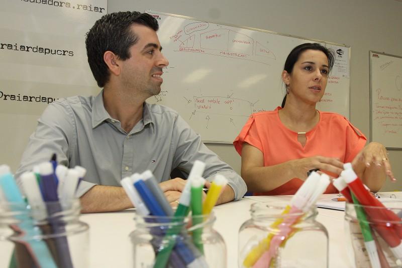 Afonso e Caroline Sales levam o empreendedorismo à Teologia através de sua empresa com temática católica