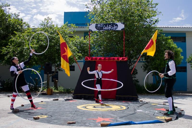 Espetáculo de circo Etc... explora novas possibilidades em temporada nos fins de semana