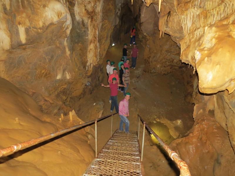 Botuverá, reconhecida como uma das mais ornamentadas do Sul do País, possui 1,2 mil metros de extensão