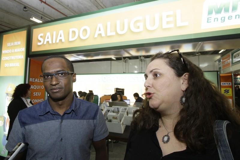 Silva e Márcia foram buscar financiamento direto com a construtora