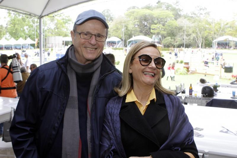 Paulo e Carmen Tigre no evento realizado na Sociedade Hípica