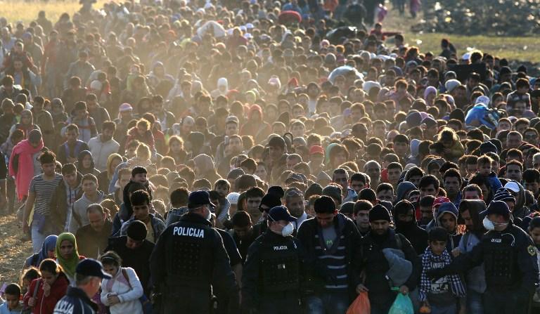 No total, foram 705.200 os migrantes que atravessaram o Mediterrâneo