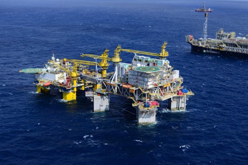 O petróleo WTI para janeiro fechou em baixa de 1,08%, em US$ 45,76 o barril