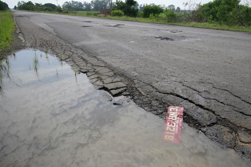 Pesquisa da CNT aponta piora na qualidade das estradas brasileiras neste ano