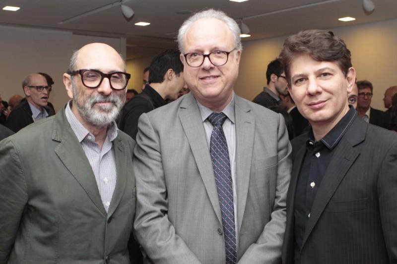 Isay Weinfeld, Pedro Bisch Neto, diretor da Metroplan, e Paulo Rodrigues, presidente da Asbea
