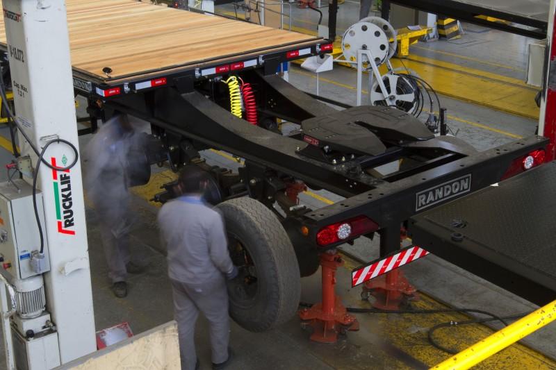 Com recuperação mais lenta, linha de carrocerias sobre chassis registrou avanço de 37,5% no período