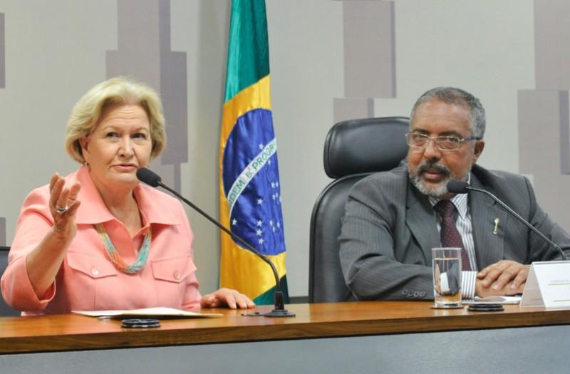 Projeto do senador Paulo Paim (PT-RS) foi aprovado nesta quarta-feira