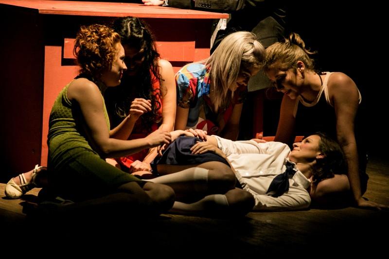 Os 7 gatinhos, da Cia. Retalhos de Teatro, de Santa Maria, realiza três sessões na Capital