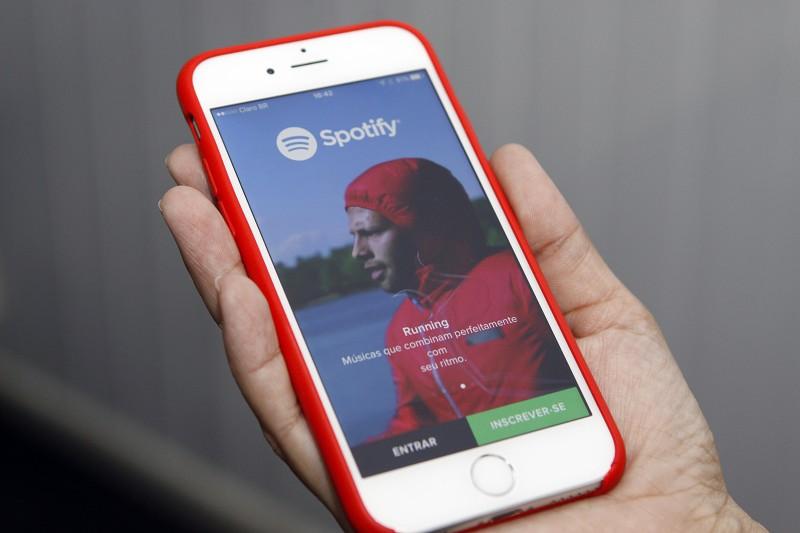 Spotify, aplicativo de música pelo celular, é um dos serviços que consta no texto que segue para o Senado