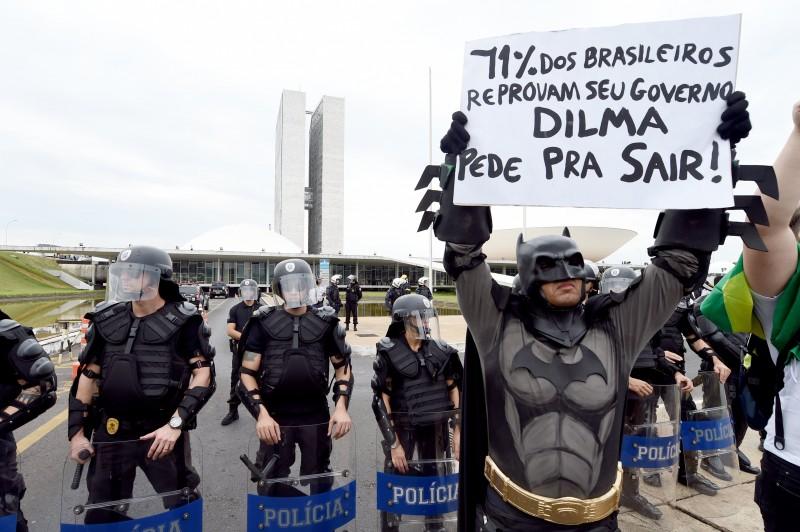 Movimentos Brasil Livre, Avança Brasil e Revoltados Online convocaram o ato