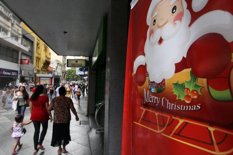 As lojas de rua aparecem em segundo lugar como local favorito para as compras
