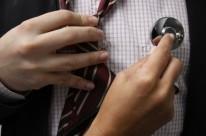 Cardiologistas cobram até R$ 500,00 por consulta