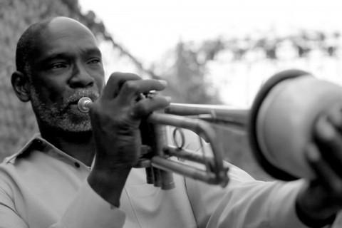 O documentário Samba & Jazz celebra as heranças da África