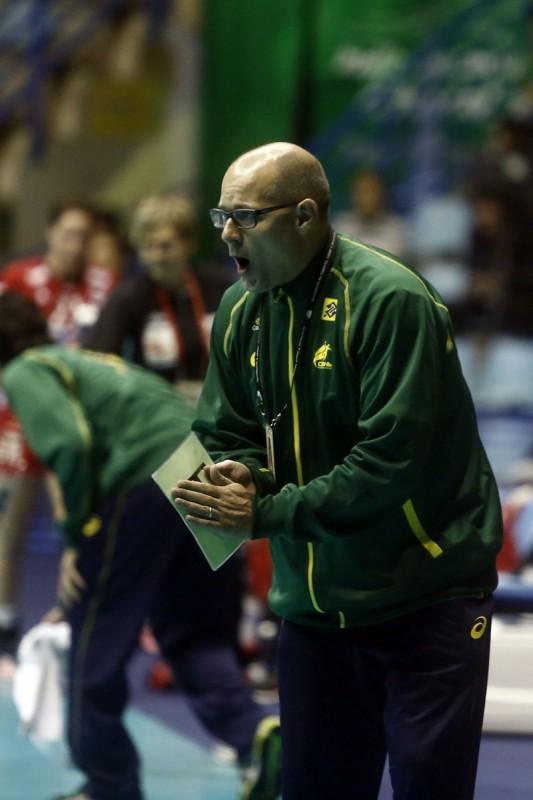Treinador Morten Soubak está contente com o desempenho  das meninas  nos treinos