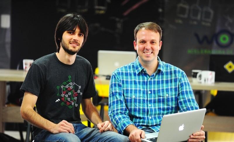 Daniel Tamiosso e Márcio Acorci fundaram empresa que resolve problemas de casais