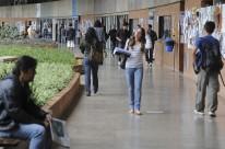 Capes anuncia bloqueio de 2,7 mil bolsas de pós-graduação
