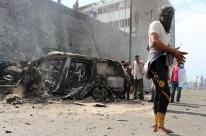 Explosão atingiu comboio que levava o governador Jaafar Mohammed Saad e cinco guarda-costas