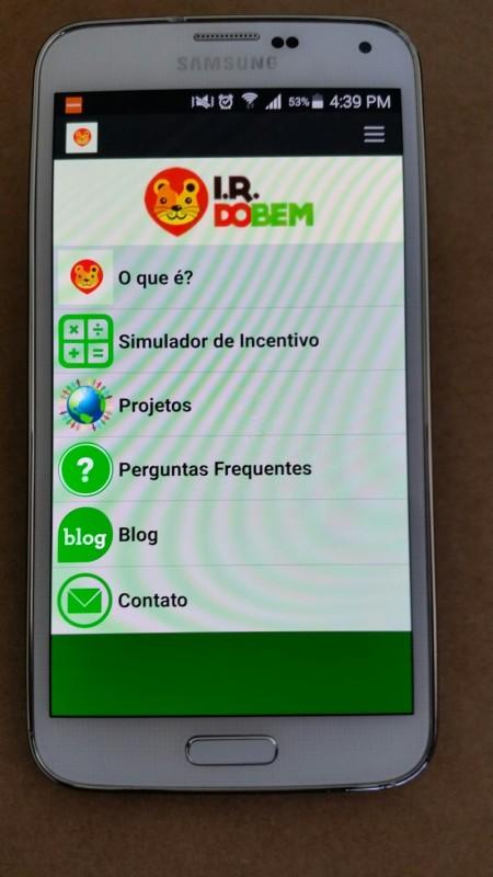 Download gratuito pode ser feito no Google Play e na APP Store