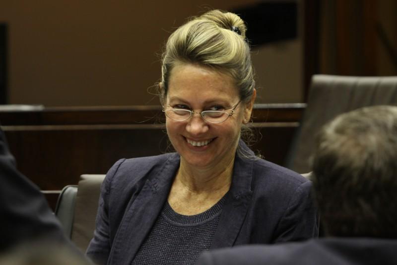 Filiada desde 2001, deputada deixa o PDT; único vereador do PSDB na Capital adere à legenda de Marina