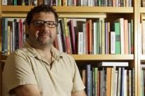 Rodrigo Rosp autografa amanhã Inverossímil, seu novo romance