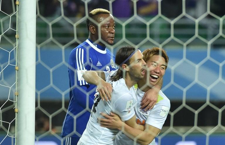 Takuma Asano, do Sanfrecce, marcou o terceiro gol da partida, sepultando o sonho do Mazembe