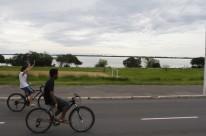 Porto Alegre teve céu nublado e registrou máxima de 30,4 graus ontem