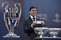 Embaixador da competição, ex-jogador Javier Zanetti participou do sorteio