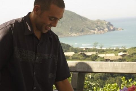 RAFAEL MIRALHA, proprietário do Restaurante Urucum, em Santa Catarina. GeraçãoE Crédito CRIS BERGER divulgação