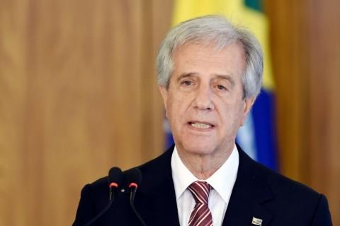 Presidente do Uruguai manda prender comandante do Exército