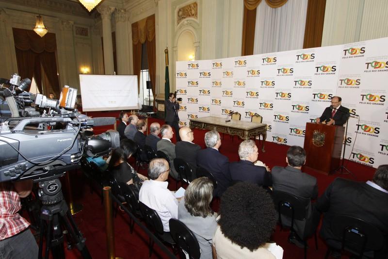 Governador José Ivo Sartori apresentou, em coletiva, 15 novos projetos