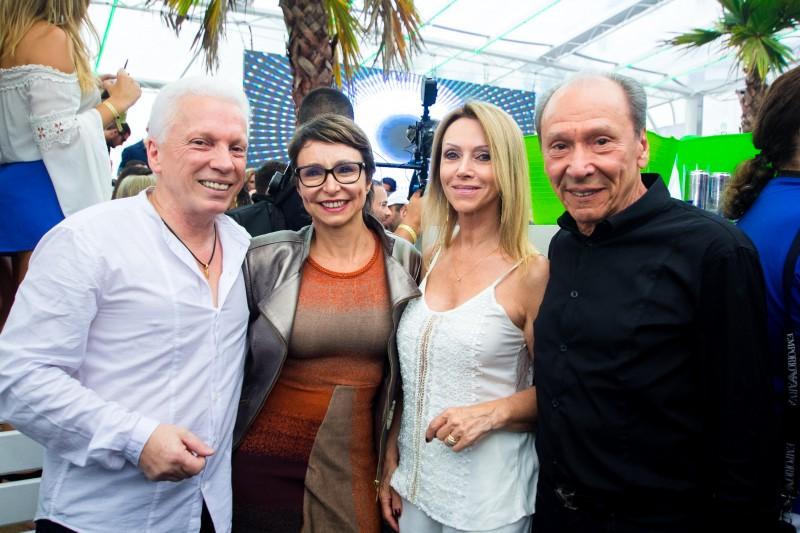 Julius Rigotto, Andrea Druck, Rejane Rigotto e Péricles de Freitas Druck no Café de La Musique, em Jurerê Internacional