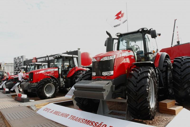 Sindicato do setor afirma que a agricultura quebrou com o uso de taxas variáveis; vendas serão desafio