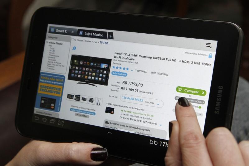 Com a ascensão da internet, o comércio eletrônico tornou-se um dos principais focos de disputa entre os estados