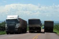 Estrada é escoadouro da produção agrícola para outras regiões do País e para portos de onde será exportada