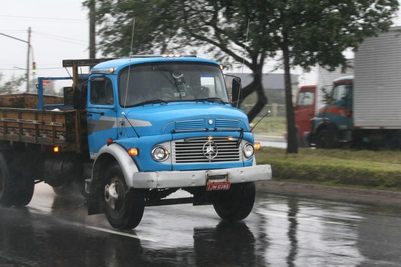 Brasil tem cerca de 110 mil caminhões com mais de 30 anos, o que representa 6% da frota nacional