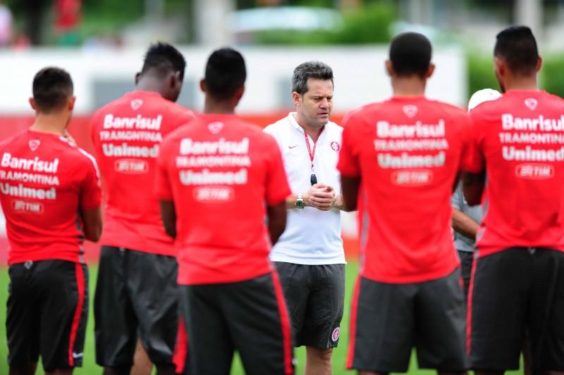 Torneio dará oportunidade para Argel fazer as primeiras observações
