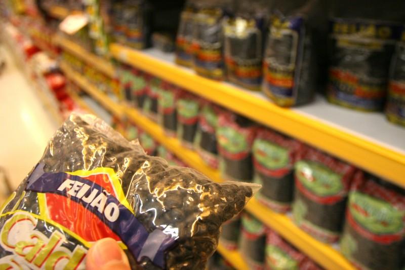 Feijão e batata foram os alimentos que registraram as maiores altas na capital gaúcha
