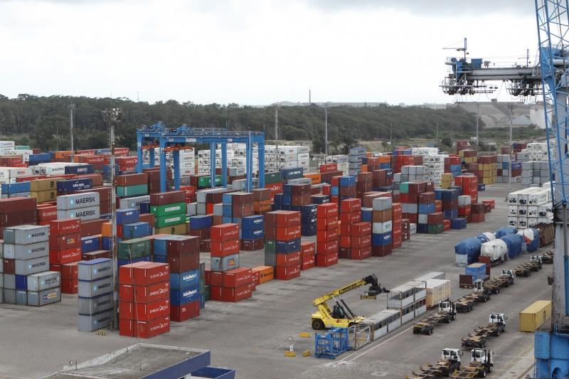 Próximo ao porto, o Dirg poderá, inclusive, acomodar contêineres