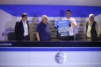 Com seu contrato renovado até 2020, camisa 1 completará duas décadas de atuação pelo Tricolor