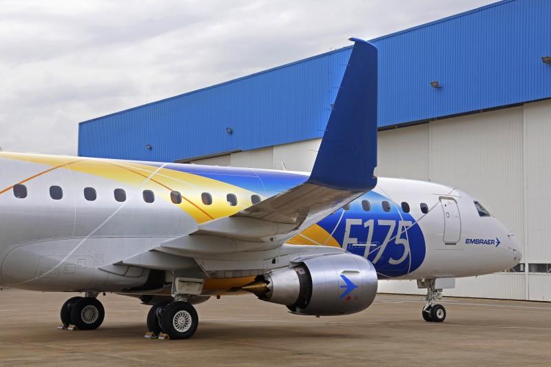 Nas encomendas, estão jatos executivos dos modelos E175 (foto), E190 e E195