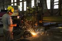 Em dezembro, retração do setor foi de 26,1%, de acordo com o IAB